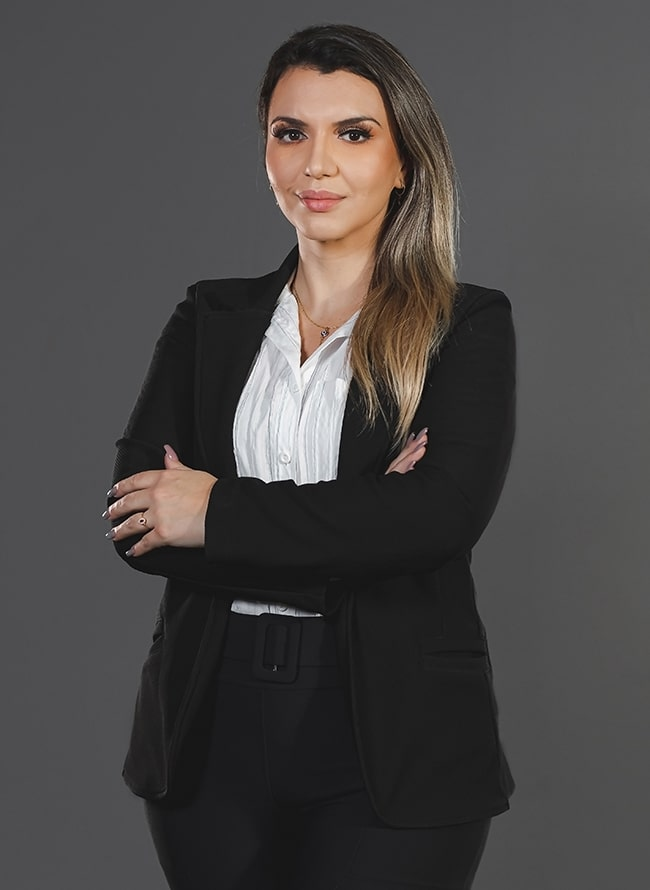 Gabriela Koerich - Menezes Niebuhr