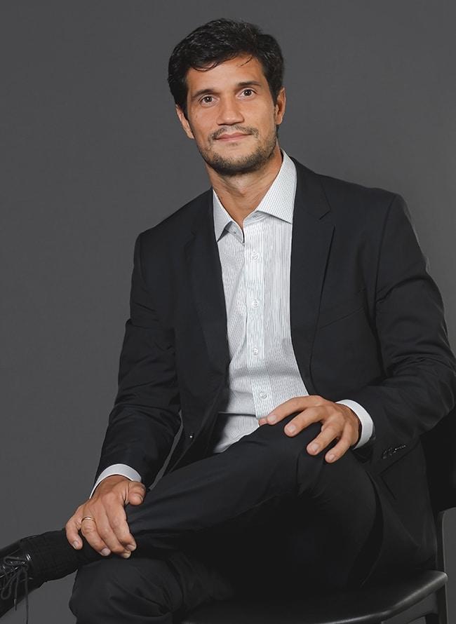 Gabriel Collaço Vieira - Menezes Niebuhr