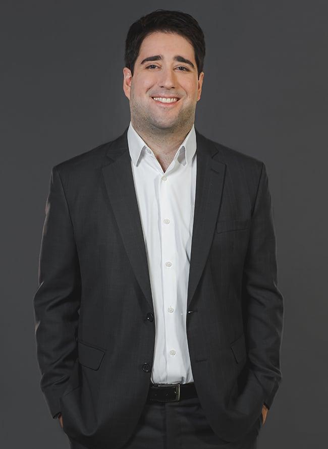 Rodrigo Lahoz - Menezes Niebuhr