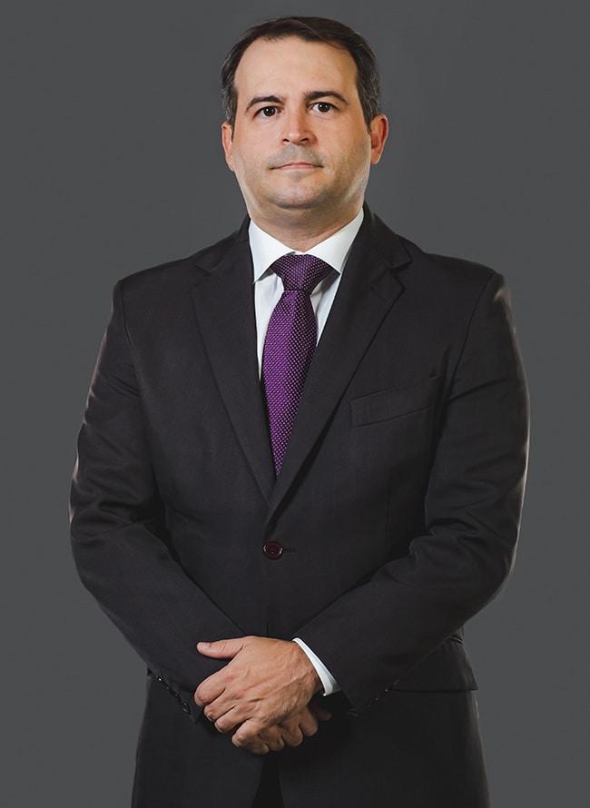 Rodrigo de Abreu - Menezes Niebuhr